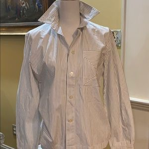 LIKE NEW Flossie blouse with unique pocket